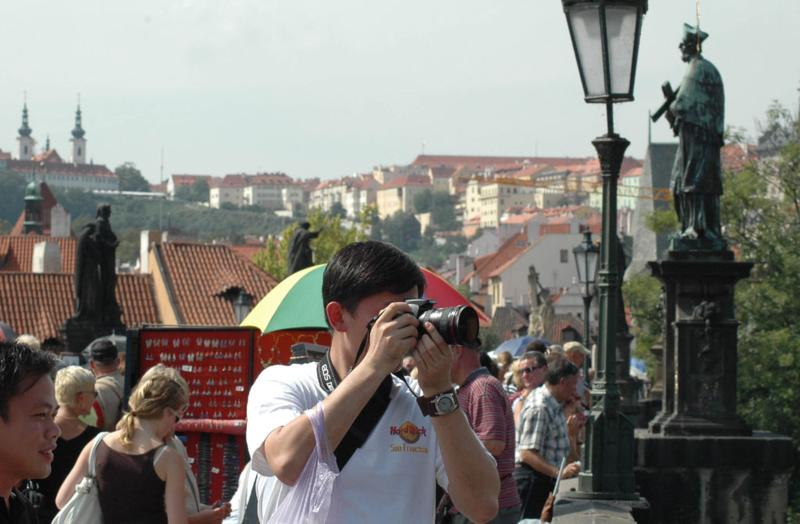 http://www.praha.eu/public/52/3b/3d/108244_4_turista_praha_je_bezpecna.jpg