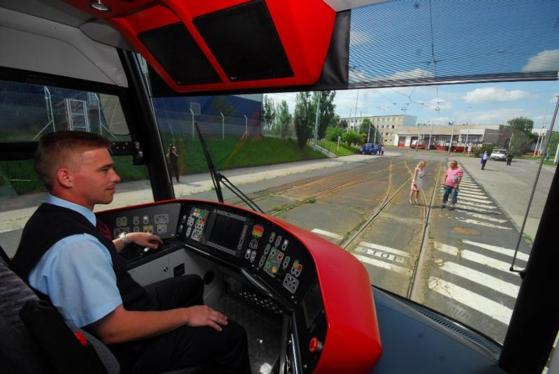 A New Tram Is Being Tested Portal Of Prague
