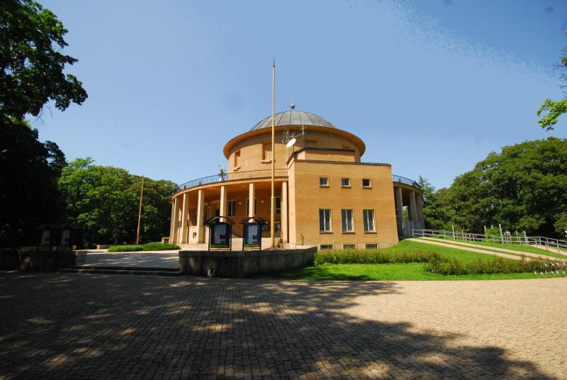 Planetarium i Jels massage bjælkehytte